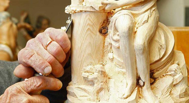 intagliare legno