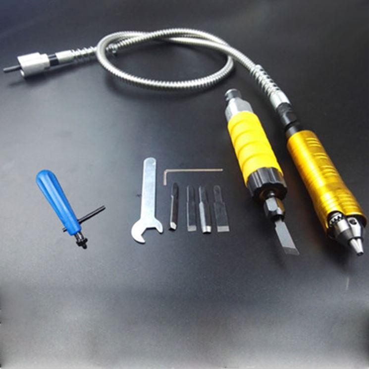 Scalpello elettrico con relativi accessori