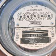 Conto energia, un vecchio contatore elettrico