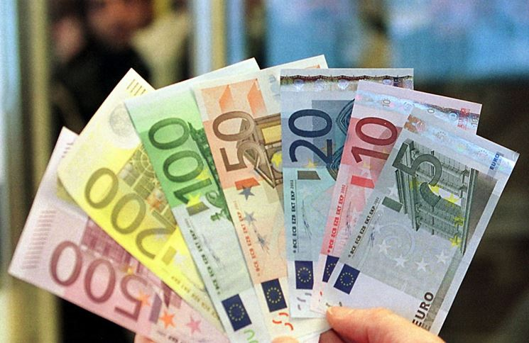 Varie banconote
