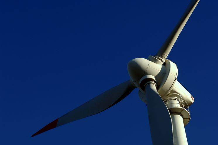 Turbine eolico da vicino
