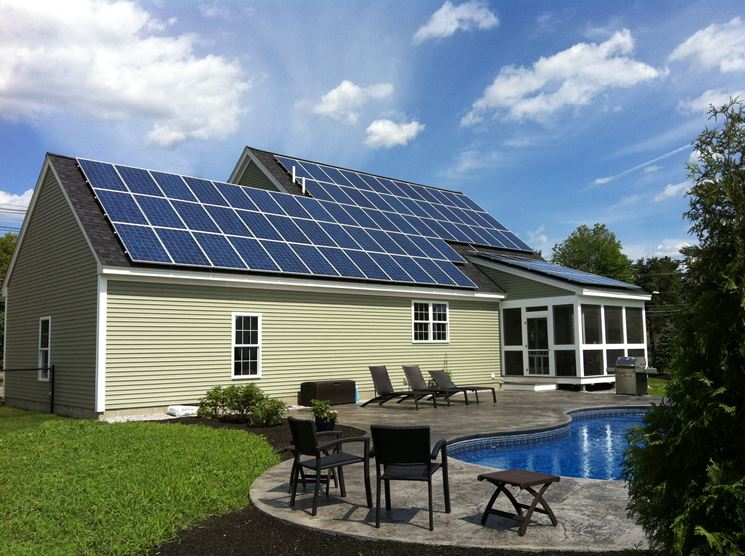 Abitazione con tetto fotovoltaico