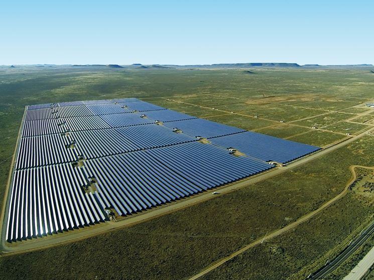 Grande centrale a energia fotovoltaica