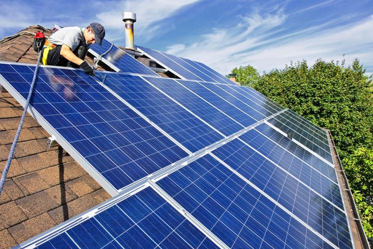 Installazione di un impianto fotovoltaico su una casa