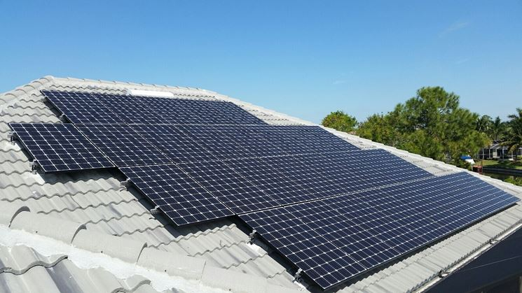 Tipici pannelli fotovoltaici
