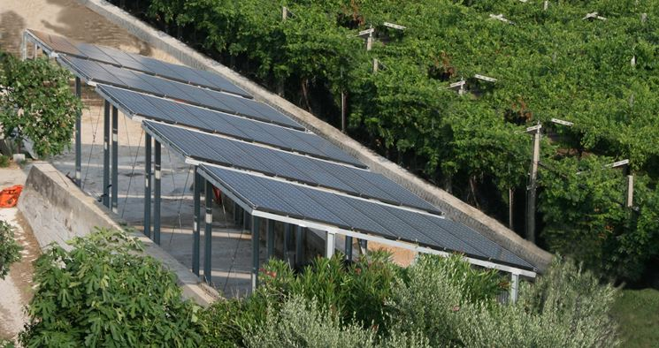 Fotovoltaico su pensiline