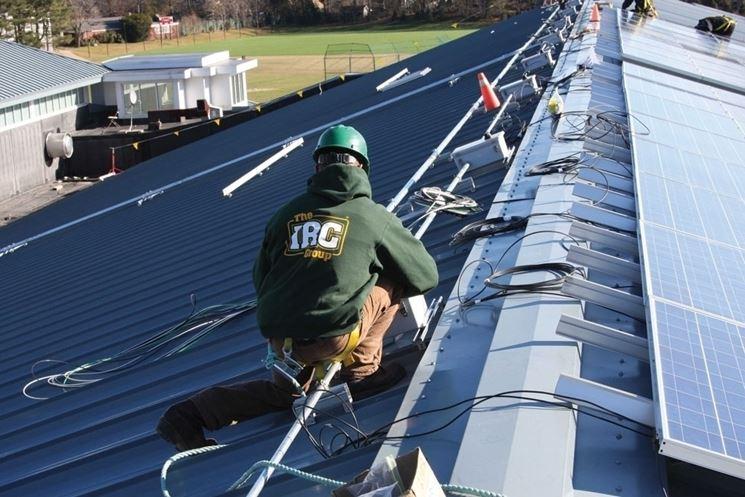 Installazione cavi fotovoltaici