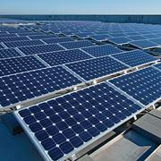tetto con pannelli fotovoltaici