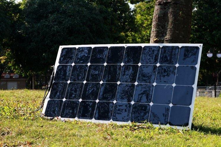 Pannello solare cinese semi flessibile