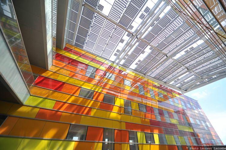 Edificio impianto fotovoltaico