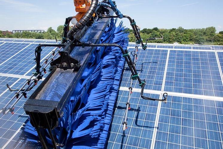 Pulizia pannello solare