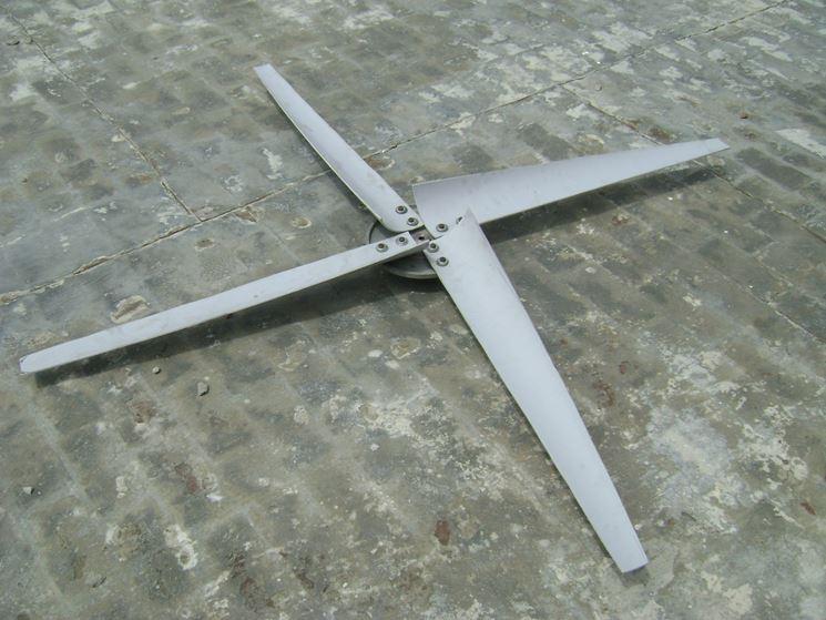 Esempio di pale in PVC per impianto eolico