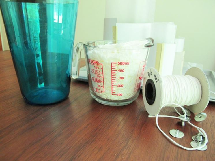 Materiali per candele profumate