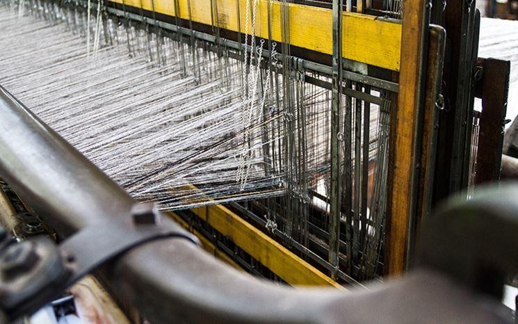 Processo tessitura telaio