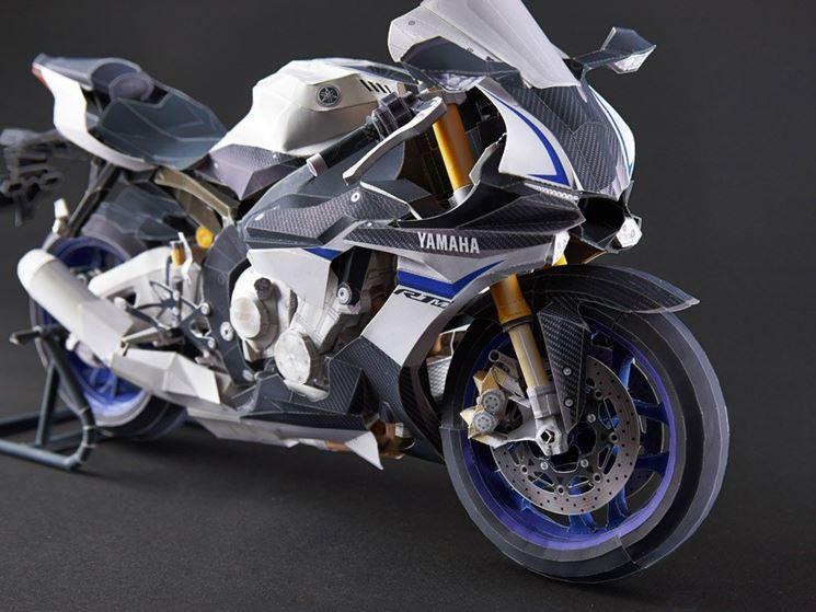 Un modello particolareggiato di moto
