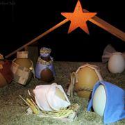 Un presepe fatto con le uova