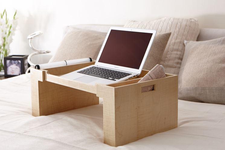 Vassoio da letto in legno
