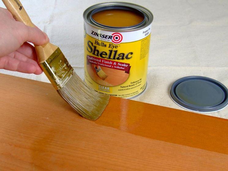legno con vernice poliuretanica