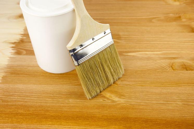 Verniciatura del legno come verniciare come verniciare - Fai da te verniciare finestre legno ...