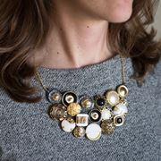 Collana con bottoni vintage