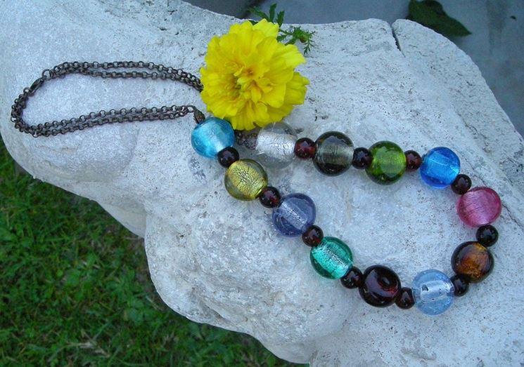 Perle di vetro colorate