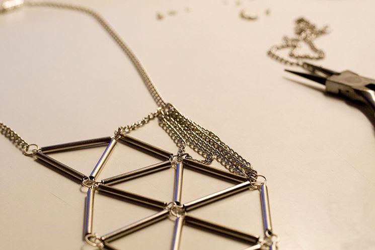 Gioielli in argento assemblati