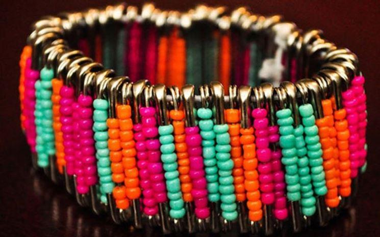 Eleganti perle bigiotteria per tutti