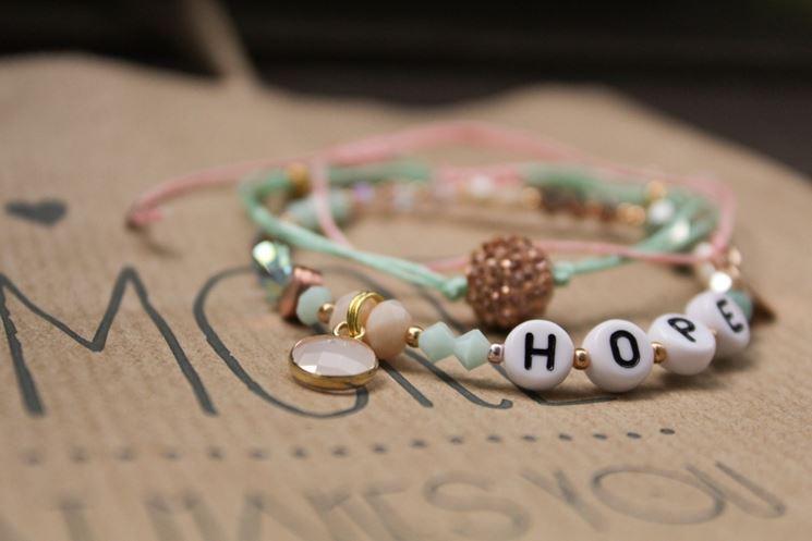 realizzare braccialetti con perline
