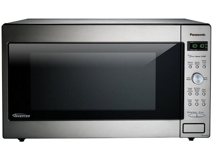 Il forno a microonde gli elettrodomestici forno moderno - Forno combinato microonde e tradizionale ...