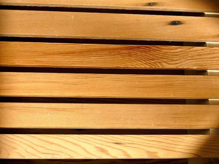 Listelli in legno - Lavorare il legno - Posare i listelli in legno a colla