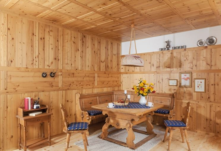 Interno di una struttura in legno