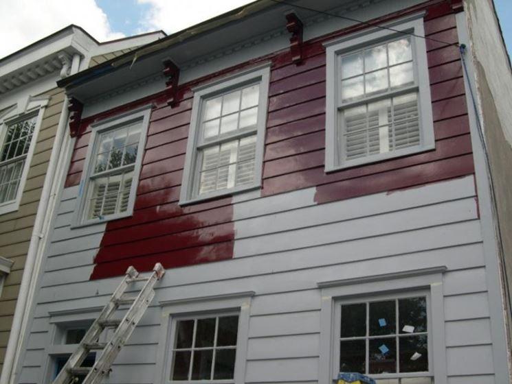 Applicazioni di stucco per legno