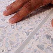 Piastrelle cemento bianco
