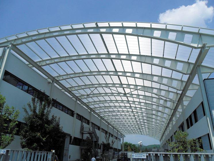 Un tetto di policarbonato