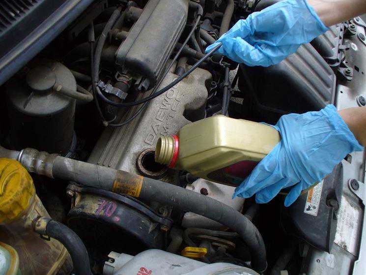 Controllo dell'auto da parte di un professionista