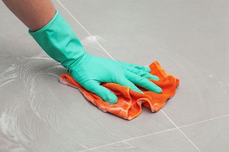 Pulizia pavimenti gres porcellanato pulizie di casa - Prodotti per pulire le fughe dei pavimenti ...