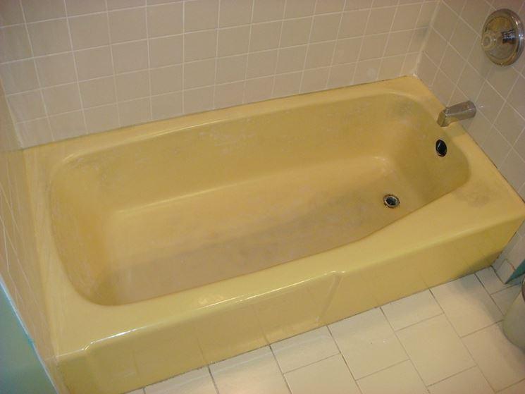 Rivestire la vasca da bagno riparare rivestimento vasca - Come rivestire il bagno ...