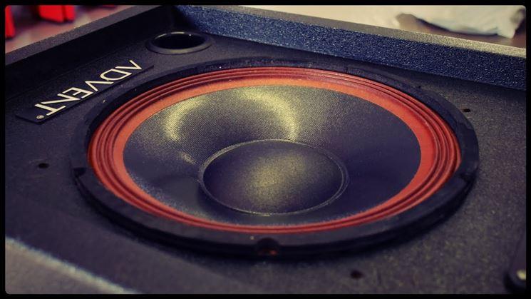 Come riparare altoparlanti e casse acustiche