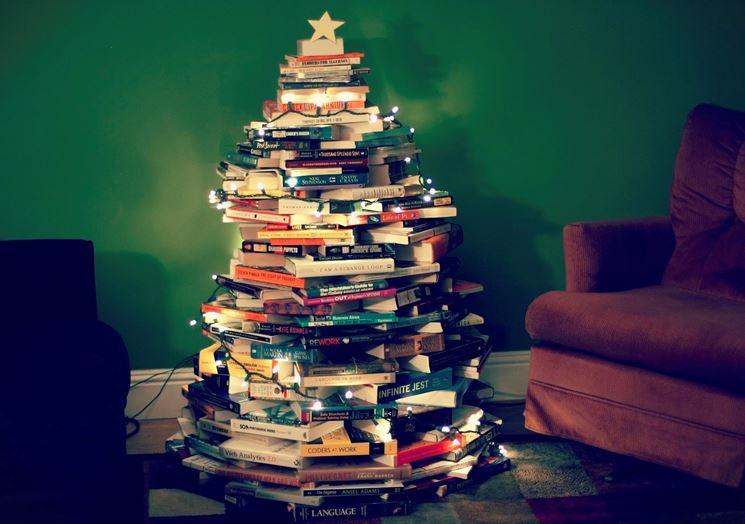 Albero di Natale con i libri