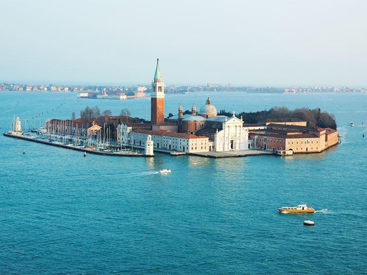 La bellissima isola di Murano, dove si produce l'omonimo vetro.