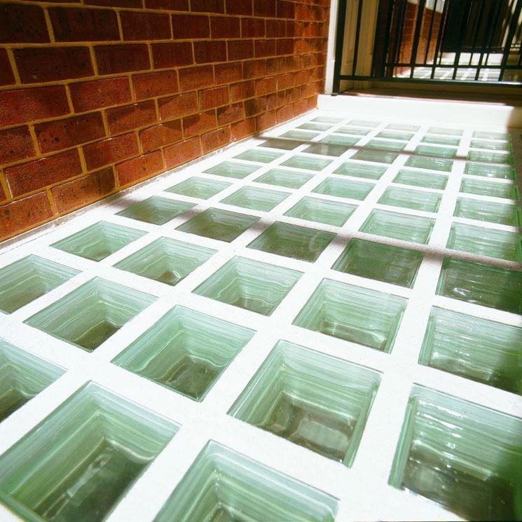 Pavimento mattoni vetro