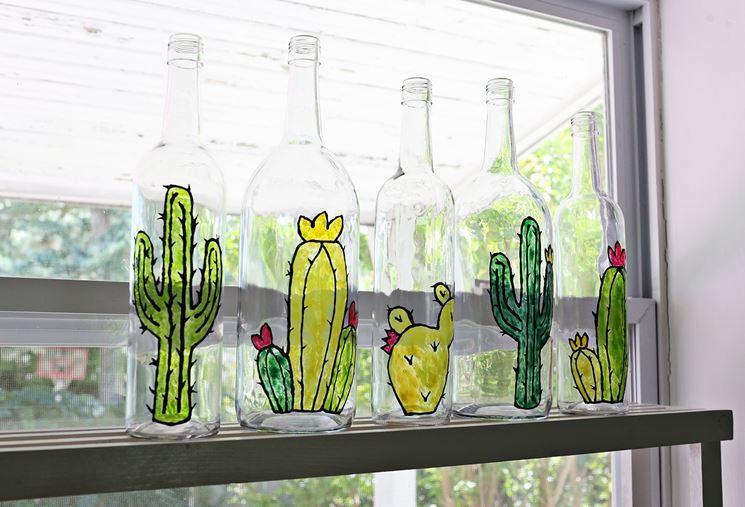 Bottiglie in vetro decorate fai da te