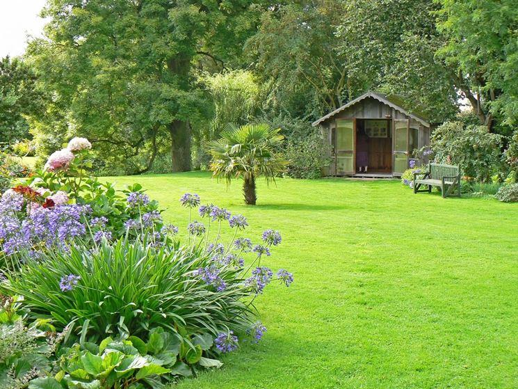 Piante Fiorite Con Verdi E Inserire Nel Giardino Qualche Zona D Ombra Creata Gazebi O Pergolati In Modo Da Poter Sostare Anche