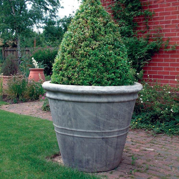 Vasi grandi vasi da giardino vari modelli di vasi grandi for Grandi vasi da giardino