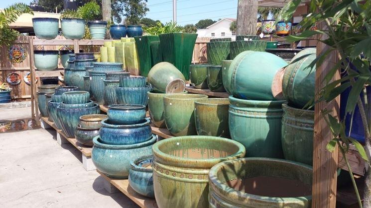 Alcune tipologie di vasi in vendita
