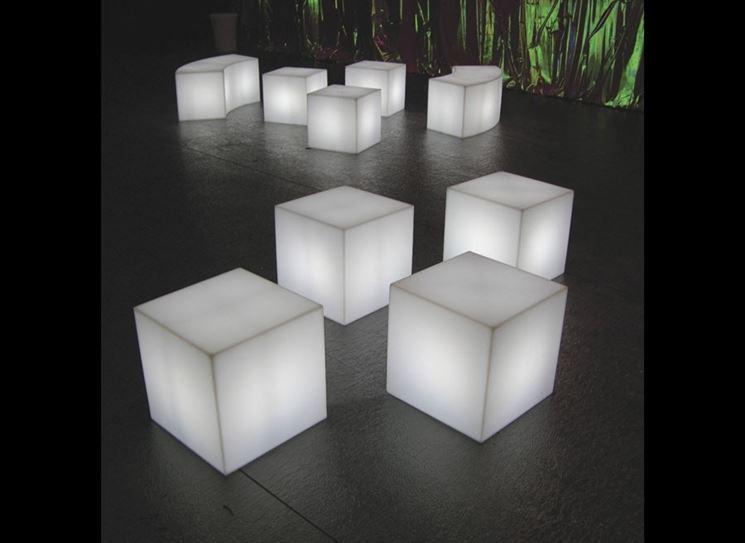 Cubi illuminati da esterno
