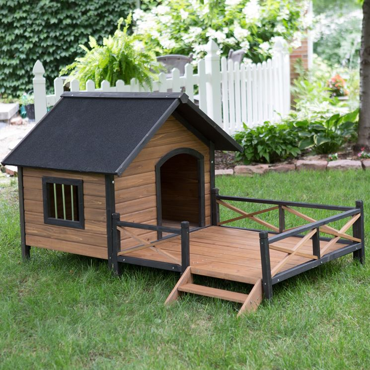 Box per cani in legno casette in legno cuccia cani legno for Giardino piastrellato