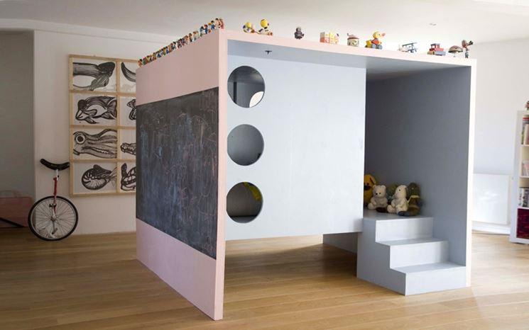 Casetta prefabbricata in legno per bambini