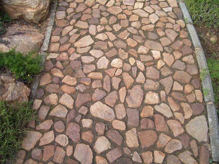 Vialetto pietra naturale