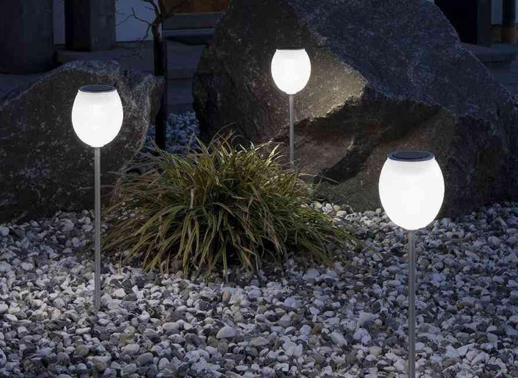 Lampade a energia solare per giardino